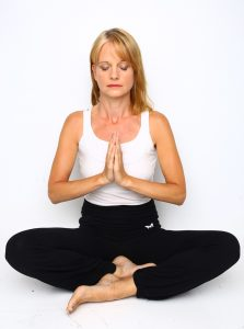 Elin Yoga 1 223x300